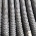 Gutteling Composite hoses heeft meer dan 200 verschillende composite hoses. Een daarvan is uitgevoerd met het brandwerende doekmateriaal van Firetexx.