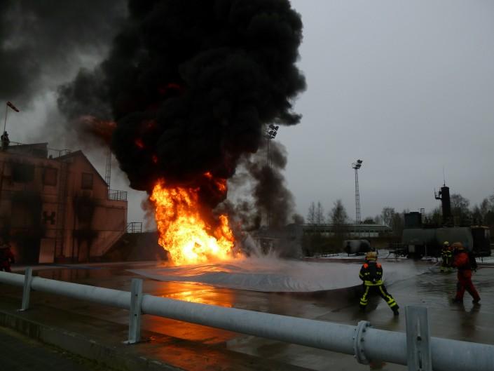 blusdeken van Firetexx voor blussen dieselbrand